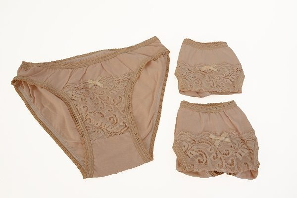 Vista Γυναικεία Βαμβακερά Σλιπ Με Δαντέλα 3 Τεμάχια