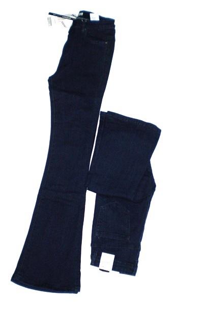 Βαμβακερό τζιν παντελόνι σε σκούρο μπλε χρώμα. Click to enlarge. Αρχική  σελίδαΕνδύματαΓυναικεία ΕνδύματαΓυναικεία Τζιν VistaBazaar ... 2a9a9392fd7